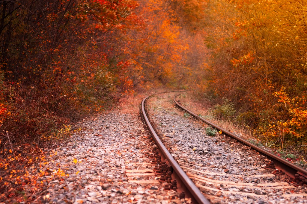 Island Trader Vacations Explores 3 Fun Fall Michigan Train Tours